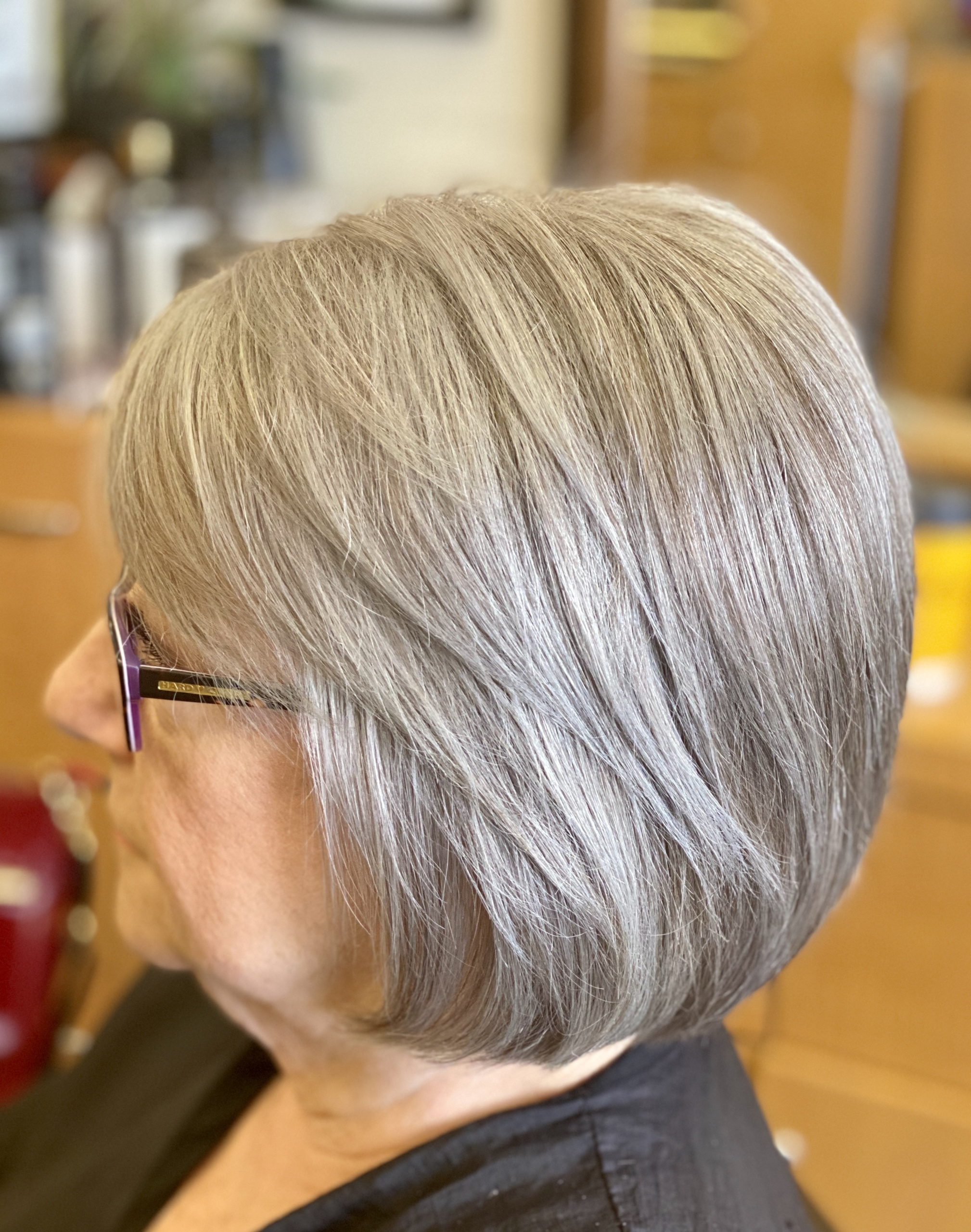 short haircut and style