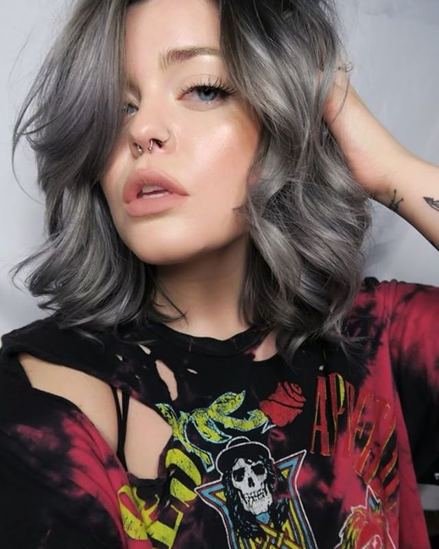 _ashkmakeup rockin her new silver gray locks from yesterday! _pulpriothair for the win!_._._._#pulpriot #pulpriotsilver #silverhairdontcare